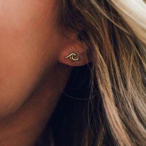 Jewelry - Gold Silver Tone Stud Wave Earrings Summer Beach